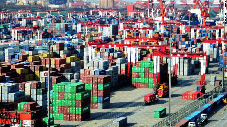 180518153546-china-shipping-containers-qingdao-780x439